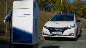 Nissan Leaf - Vehicle-to-Grid
